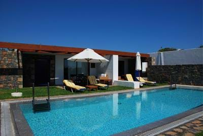 Splendid Club - Classic Bungalow Sea View with Shared Pool - Exterior