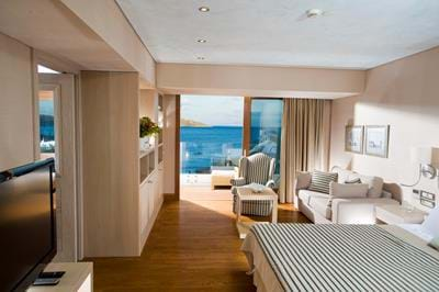 Gold Club - Deluxe Hotel Suites Sea View - Interior